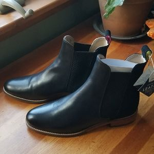 NWT Joules 💖 Chelsea boots
